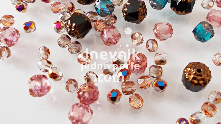 ceske staklene perle